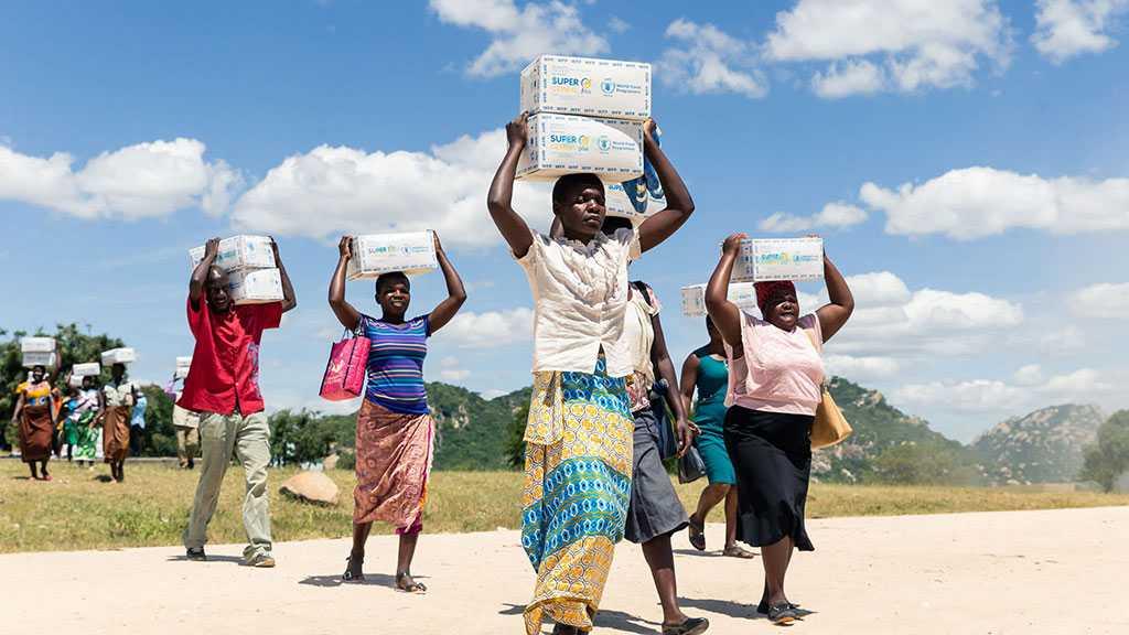 UN Warns: Zimbabwe 'On Brink of Man-made Starvation'
