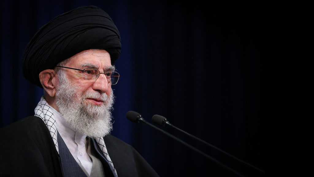 Imam Khamenei: Iranian Youth Given Role in Key Issues after Revolution