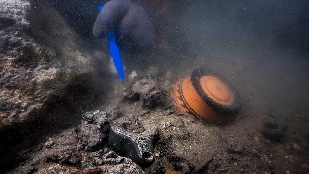 Sunken Ship, Ancient Greek Graves Found at Underwater Ruins in Egypt