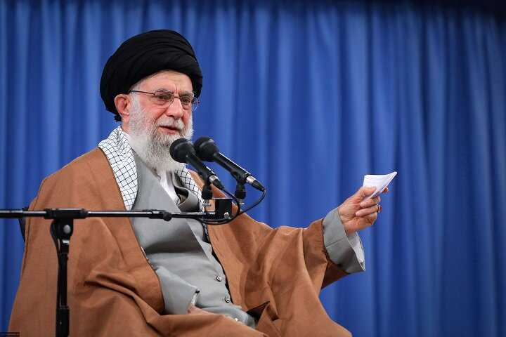 Four tricks of US Arrogance against the Islamic Revolution of the Iranian people