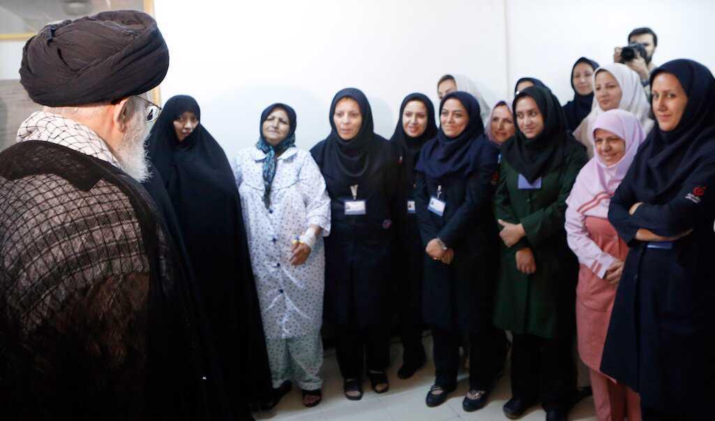 Imam Khamenei's thanks to the country's medical and nursing community for fighting the Coronavirus