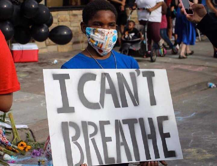 """""""I can't breathe,"""" the heartfelt words of all nations who are victims of the U.S."""