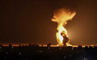 Israeli Warplanes Strike Gaza for Third Night