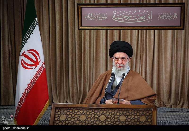 Imam Khamenei Lashes out at US 'Hypocrisy'