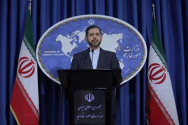 Iran Ready to Help Restore Peace between Azerbaijan, Armenia