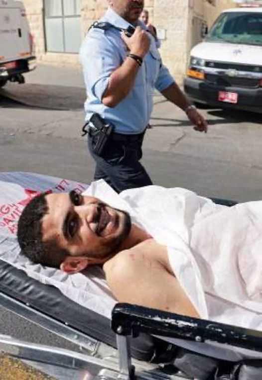 Palestinian Teen Stabs, Injures 3 Israelis in Occupied Al-Quds (Jerusalem)