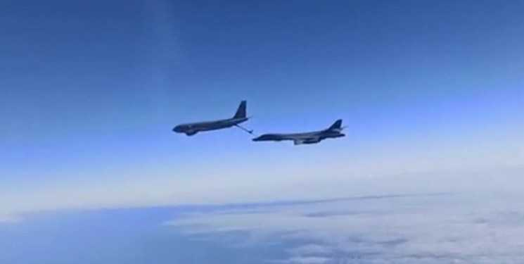 Two Russian Jets Intercept American Bombers over Black Sea