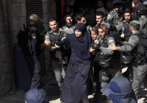 Zionist Occupation Forces Arrest Palestinian Woman in Southern Al-Quds