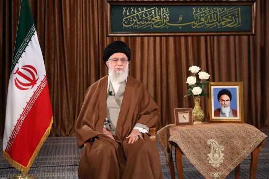 Imam Khamenei: Western Democracy Not Leading to Peace, Humanity Needs Savior