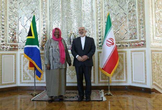 Iranian, South African FMs meet in Tehran