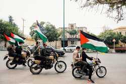 VIDEO: Drive-in Quds Day rallies in Robat Karim