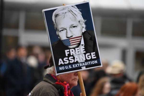 Ecuador revokes Julian Assange's citizenship