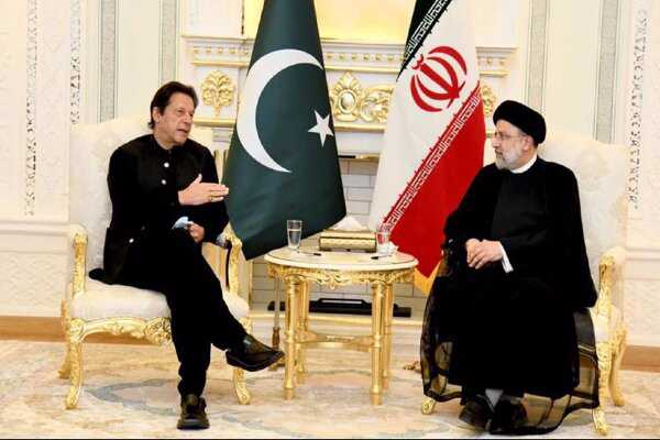 Imran Khan, Raeisi confer on forming inclusive Afghan govt.