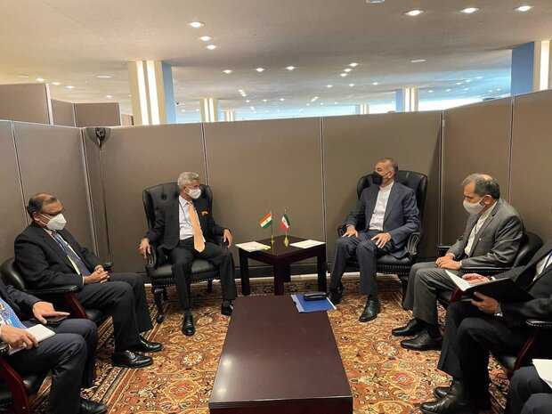Iran, India FMs discuss ties, Afghanistan in New York
