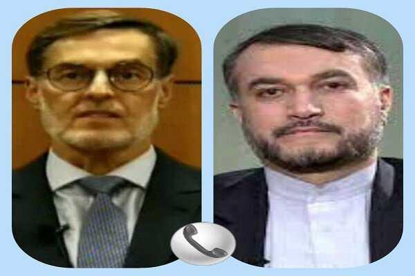 Iran, Venezuela FMs hold phone call to discuss cooperation