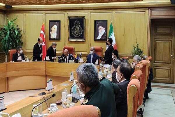Iran, Turkey stress joint coop. in fight against terrorism