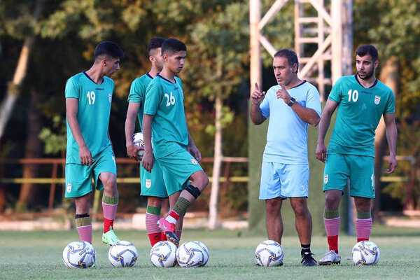 Iran team arrives in Tajikistan for 2022 AFC U23 qualifiers