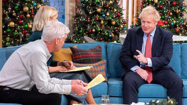 Boris Johnson apologises for burqa article