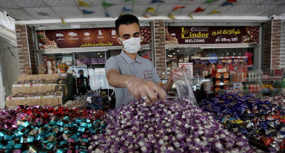 Palestinians in Gaza prepare for Eid al-Fitr amid dire conditions