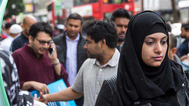 Government lockdown hits Eid celebrations in UK