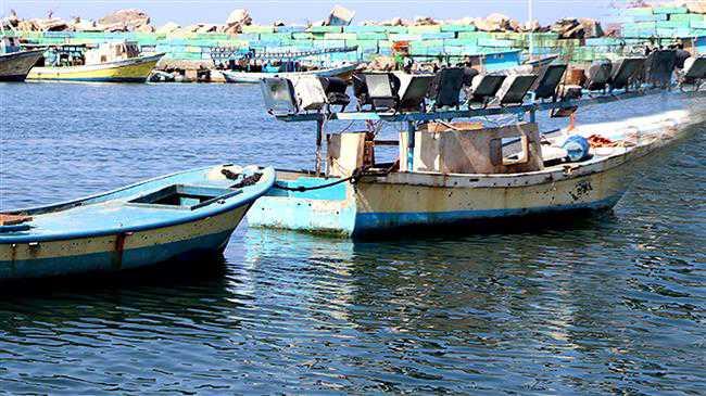Israeli regime reduces Gaza's fishing limit
