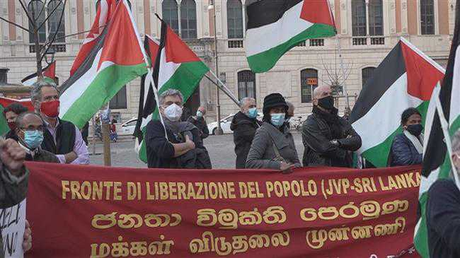 Italians stage sit-in denouncing Israel's failure to provide COVID vaccines