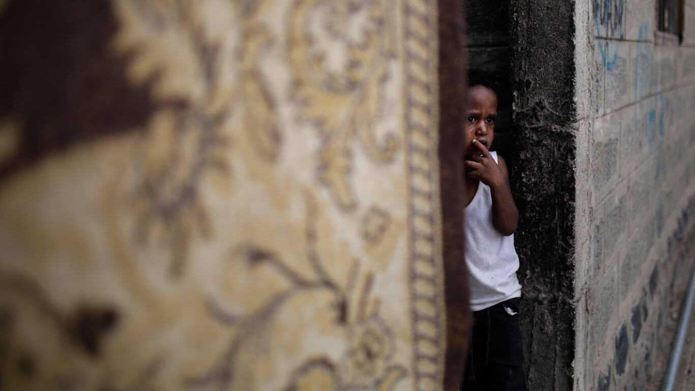 Houthis Vow Retaliation As Saudi Naval Blockade Sparks Fresh Humanitarian Crisis in Yemen - Yemen Press