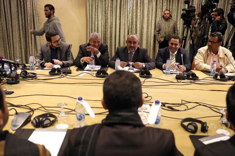 Resumption of talks on Yemeni prisoners exchange among Yemeni warring parties - Yemen Press